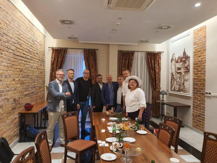 Znowu przy stole! Spotkania regionalnych oddziałów KDF Dialog